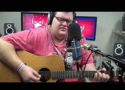 Enlace a Precioso cover de Imagine de John Lennon tocado con guitarra