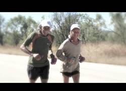 Enlace a Corre 365 maratones en un año después de superar el cáncer