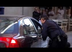 Enlace a Escrache a Wert en Málaga bien protegido por la policía