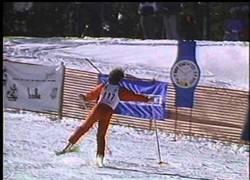 Enlace a ¿Creías haberlo visto todo en deportes de invierno? Con todos ustedes, el esquí-ballet