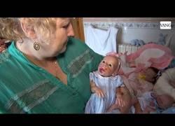 Enlace a Atención a la frikada del momento: Los bebés reborn ¿Quién dijo miedo?