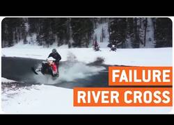 Enlace a No siempre es buena idea seguir los pasos de tu amigo, ¡hasta siempre moto de nieve!