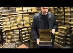 Enlace a Estas cajas son tan secretas que para abrirlas necesitas un máster