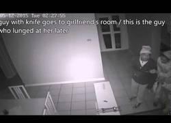 Enlace a No te podrás creer la reacción que tiene esta chica cuando pilla a los ladrones en su casa