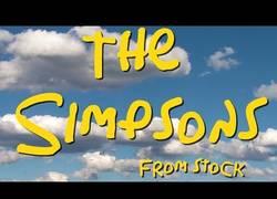 Enlace a Así sería la intro de Los Simpsons con imágenes de stock