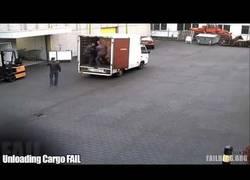 Enlace a ¡Flipante! Mira cómo descargan este camión de cerveza en 10 segundos