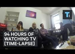Enlace a Y este es el récord mundial de ver TV sin parar: 94 horas