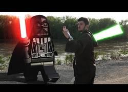 Enlace a Los LEGO de Star Wars conocen el mundo real de los Jedi