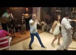 Enlace a Tu cuando bebes y crees que bailas como Michael Jackson