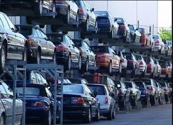 Enlace a En Alemania se reciclan coches NUEVOS mientras en España se circula con coches de desguace