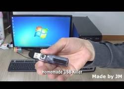 Enlace a El USB asesino que dejará a cualquier PC muerto en menos de un segundo