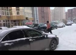 Enlace a Así es la moda en Rusia cuando llega el invierno