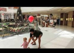 Enlace a La manera más sencilla de no perder a tu hijo en un centro comercial