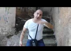 Enlace a John Cobra vuelve y carga contra Granbomba (caranchoa)