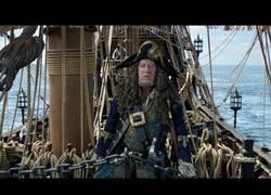 Enlace a Vuelve Johnny Depp, un nuevo tráiler del Capitán Salazar, la quinta entrega