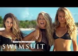 Enlace a Ella es Christie Brinkley, tiene 63 años y es modelo para Sports Illustrated