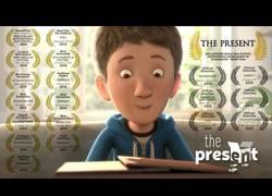 Enlace a The Present - El corto que le valió un trabajo en Disney al creador después de publicarlo