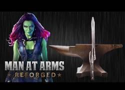 Enlace a Forjando desde cero la espada de Gamora