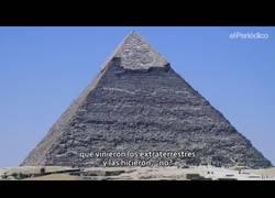 Enlace a Un carpintero jubilado nos muestra un aparato con el que se podría hacer una pirámide