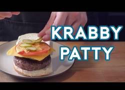 Enlace a Cocinando la deliciosa hamburguesa de Bob Esponja y se ve ESPECTACULAR