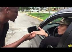 Enlace a Cuando te limpian el coche sin pedirlo