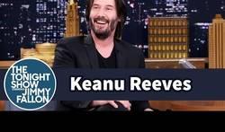 Enlace a Keanu Reeves reaccionando a los memes de Inmortal Keanu