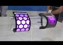 Enlace a Lenovo revoluciona el mercado con este concepto de móvil + table plegable