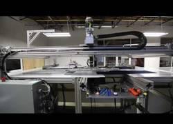 Enlace a Robots téxtiles fabricarán 800.000 camisetas diarias para Adidas