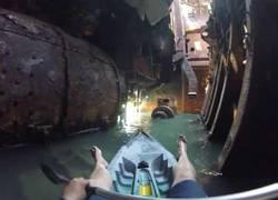 Enlace a La espeluznante visita en kayak a este barco abandonado
