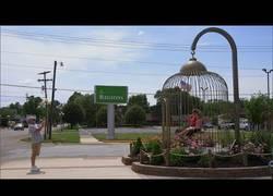 Enlace a La ciudad de Casey en Illinois es famosa por tener la mayor concentración de objetos de mayor tamaño