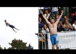 Enlace a Las hostias épicas de este campeonato mundial de saltos a piscina desde 10 metros