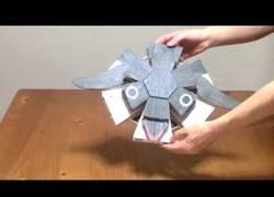 Enlace a Los increíbles juguetes japoneses creados con papel