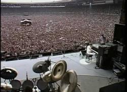 Enlace a Wembley, 1985, esto era Queen en uno de sus conciertos más épicos