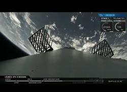 Enlace a Así ha sido el lanzamiento del SpaceX Falcon 9 para orbitar la Tierra