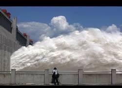 Enlace a Presas de agua y su sistema de emergencia funcionando