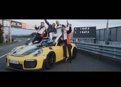 Enlace a El Porsche GT2 RS es el coche de producción más rápido del mundo y lo ha hecho en Nurburgring