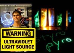 Enlace a Crean el primer láser portátil ultravioleta del mundo