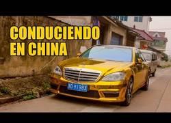 Enlace a El coche y la conducción en China