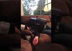 Enlace a Cuando comprarle un coche radio control a tus hijos se va de las manos