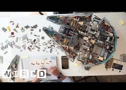 Enlace a Construyen un Halcón Milenario con 7500 piezas de LEGO