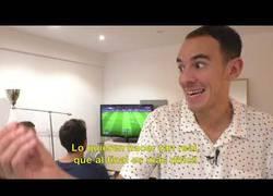 Enlace a La triste vida de un treintañero que sigue jugando al FIFA