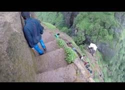 Enlace a El gran peligro de hacer trekking por este lugar de la India