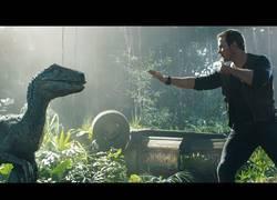 Enlace a La vida encuentra una manera en el nuevo tráiler de Jurassic World: El Reino Caído