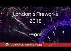 Enlace a Los fuegos artificiales de Londres 2018 sincronizados con música