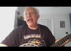 Enlace a Cantando la mítica canción de Snopp Dogg con un estilo clásico