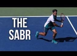 Enlace a Recopilatorio de uno de los golpeos más famosos de Roger Federer