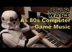 Enlace a Frikada del día: Stormtrooper interpreta el tema de Star Wars en 8 bits