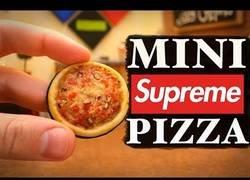 Enlace a Cocinando la mini pizza definitiva que querrás probar al verla