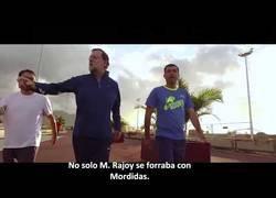 Enlace a MORDIDAS 1X03: Nuestro hombre en Cataluña