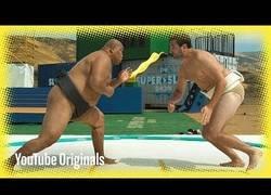 Enlace a El arte de las luchas de sumo visto en super slow motion y 4k